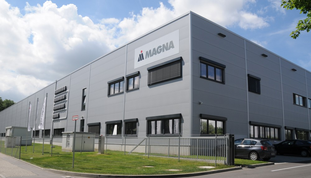Produktionshalle der Firma Magna Seating Germany GmbH